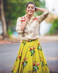 Anchor Rashmi Gautam Latest Cute Photoshoot Stills Indian Crop Tops, Crop Top Designs, Crop Top Outfits, Tamil Actress Photos, Blouse And Skirt, Indian Bollywood, Indian Celebrities, South Indian Actress, Indian Wear