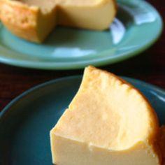 豆腐 チーズケーキ Love me some Tofu Cheesecake Bento Recipes, Sweets Recipes, Cooking Recipes, Love Eat, Love Food, Making Sweets, Asian Desserts, No Cook Meals, No Bake Treats
