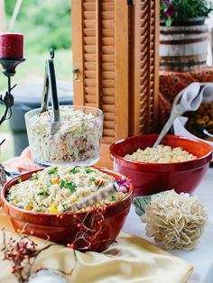 Throwing a summer wedding? A chilled pasta bar is an easy way to cool off. The perfect side dish for any backyard barbeque bash!