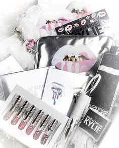 The Kylie stocking I want this soooo bad Pretty Makeup, Love Makeup, Makeup Inspo, Makeup Inspiration, Makeup Ideas, Fashion Inspiration, Kylie Jenner Makeup, Kendall Jenner, All Things Beauty