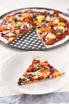 3 Ingredient Gluten Free Pizza CrustThis vegan, gluten-free pizza crust is so easy to make and also yeast and fat-free. Besides, it requires just 3 ingredients. Healthy Dinner Recipes, Vegan Recipes, Cooking Recipes, Pizza Recipes, Cooking Tips, Gluten Free Baking, Vegan Gluten Free, Pizza Sin Gluten, Vegan Pizza Crusts