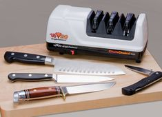 Tired of dull knives? Are you looking for a easy and fast way to sharpen you kitchen knives? Then take a look at the best chefs choice knife sharpener. Chefs Choice Knife Sharpener, Best Knife Sharpener, Electric Knife Sharpener, Unique Knives, Chef's Choice, Best Chef, Knife Sharpening, Chef Knife, Kitchen Knives