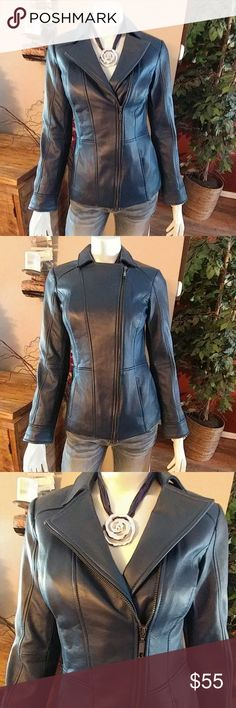 Beautiful Blue d & co. Leather Jacket NWOT blue 100% leather jacket. Fully lined. Pictures don't do the color any justice! Last two pics taken in natural light. Full side zipper. Two front pockets. Size XXS. denim & Company Jackets & Coats