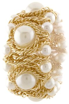 This is a trendy update to a pearl bracelet.