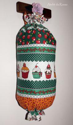 Ateliê da Russa: Puxa saco Cupcakes verde