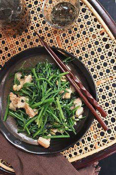 Chinese Celery and Pork Stir-fry  芹菜炒肉片