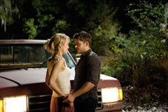 The Lucky One - Zac Efron and Taylor Schilling
