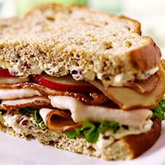 New Year's Engagement Party! Navy, Blue, Silver, White and Black. American Heartland Turkey Sandwich Cooked Turkey Recipes, Cooking Turkey, Cold Sandwiches, Turkey Sandwiches, Soup And Sandwich, Sandwich Recipes, Good Food, Yummy Food, Yummy Yummy