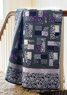 Enjoy the Phoebe's Flower Box digital pattern from Quilting Quickly Summer 2013 issue. Fresh shades of purple and gray are mixed and matched in this super easy quilt. Strip sets make quick work of the 120 blocks, all edged in the same gorgeous shad Patchwork Quilt Patterns, Quilting Patterns, Easy Quilt Patterns Free, Modern Quilt Patterns, Modern Quilting, Fabric Patterns, Black And White Quilts, Black White, Flannel Quilts