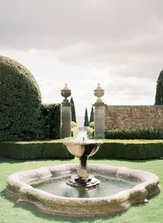 Bridal Inspiration at La Foce, Tuscany - Peter And Veronika Film Wedding Photographers based in Italy and France Pond Water Features, Tuscany, Fountain, Wedding Venues, Italy, Fine Art, Bridal, Ponds, Film