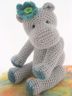 This pattern can be used to make both Hippos, yarn requirements about 25g of 4ply for the larger Hippo, small amount of contrast yarn.