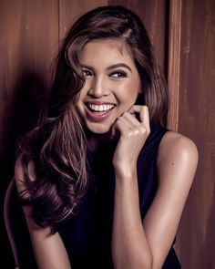 BREAKING NEWS: Well known producer asks for more time for the postponed project of Maine Mendoza! Gma Network, Maine Mendoza, Theme Song, Film Festival, Cute Outfits, Wellness, Photoshoot, Actresses, Long Hair Styles