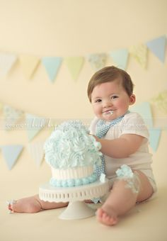 Happy First Birthday baby M! Massachusetts first birthday cake smash photographer. Happy First Birthday, First Birthday Photos, First Birthday Cakes, Baby Birthday, First Birthdays, Birthday Ideas, Cake Smash Photography, Birthday Photography, Photography Ideas