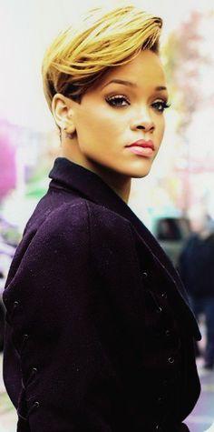 Sirkenster Cutest Riri Pic I Found Yet The Lips X Rihanna. RiRi #Rihanna, #Riri, #pinsland, https://apps.facebook.com/yangutu