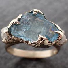 Raw Diamond Engagement Rings, Diamond Wedding Rings, Diamond Rings, Gemstone Rings, Uncut Diamond, Rough Diamond, Aquamarine Stone, Minerals And Gemstones, Delicate Rings