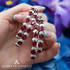 Rubies are always right! I guess the best hoop earrings of Couture Week were found at @moussaieffjewellers ❤️ Credit: www.margoraffaelli.com