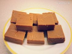Domáce karamelky (fotorecept) - recept | Varecha.sk Ale, Candy, Chocolate, Desserts, Recipes, Advent, Food, Tailgate Desserts, Deserts