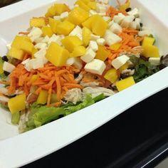 Bom dia pessoal hoje estamos funcionando normalmente então escolha sua salada e faça seu pedido!!! #ateliedasalada #gastronomiadobemestar #instafood #saladas #goiania by ateliedasalada http://ift.tt/1YYPwxN