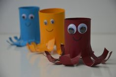 Oktopusfamilie aus Toilettenpapierrollen (Kinderbastelarbeit) / Octopus family made from toilet paper rolls (Kids' crafts) / Upcycling