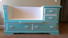 ALICE'S DRESSER BENCH! See how she transforms her old drawers to a lovely dresser bench!
