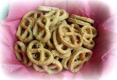 Sajtos perec Onion Rings, Ethnic Recipes, Food, Essen, Meals, Yemek, Onion Strings, Eten