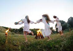 (1) Facebook Beltane, Yuri, Witch Rituals, Ritual Dance, Midsummer Dream, Nature Witch, Stock Photo Girl, School Fundraisers, Russian Folk