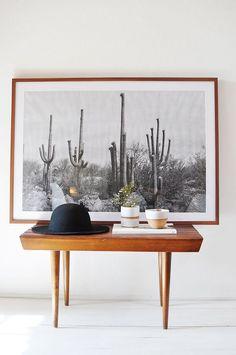 Desert Black & White Print, Mid century design table | Deco