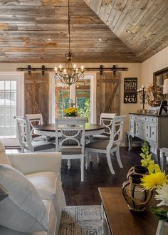 Rustic room interiors: rustic dining room with reclaimed wood ceiling. Farmhouse Dining Room Table, Dining Room Table Decor, Dining Room Design, Dining Room Furniture, Rustic Dining Rooms, Dining Tables, Room Chairs, Side Tables, Dining Area