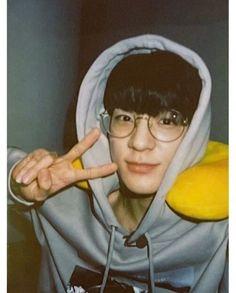 lee jeno by jenoonlyy (jeje) with reads. Nct 127, Winwin, Incheon, Taeyong, Nct Dream Members, Creepy Guy, Rapper, Boyfriend Photos, Jeno Nct
