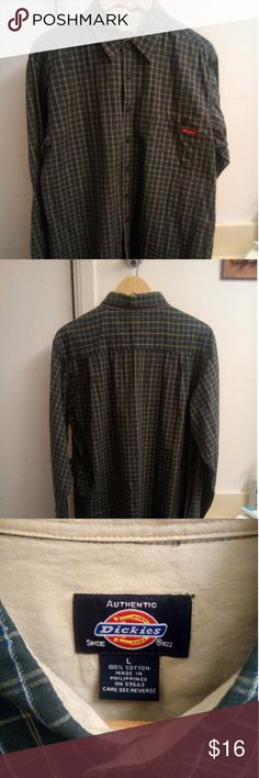 EUC Mens sz L Dickie's long sleeve shirt A men's size large long sleeved T-shirt by Dickie's. In excellent used condition Dickies Shirts Casual Button Down Shirts