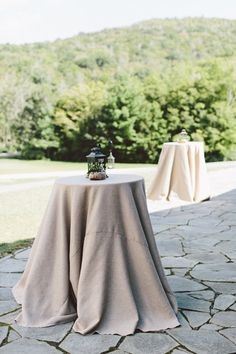 Rustic North Carolina Mountain Wedding by Jim Trice - Southern Weddings Gray Weddings, Southern Weddings, Wedding Furniture, North Carolina Mountains, Kids Fashion Photography, Easy Cocktails, Rustic Elegance, Luxurious Bedrooms, Event Styling