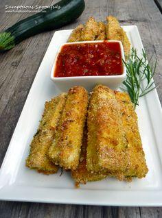 Baked Parmesan Tarragon Zucchini Fries ~ Sumptuous Spoonfuls #zucchini #recipe