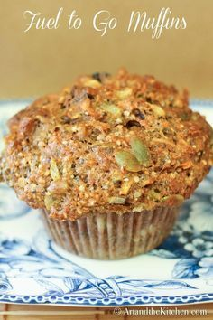 Fuel to Go Muffins, these muffins are loaded with chia seed, hemp seed, pumpkin . Fuel to Go Muffi Healthy Muffins, Healthy Treats, Healthy Baking, Healthy Recipes, Vegan Baking, Little Lunch, Gula, Good Food, Yummy Food