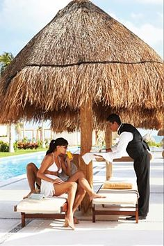 Dining service  #Mexico #Holidays #Packages