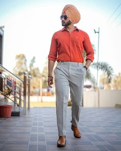 parleen Dress Suits For Men, Formal Dresses For Men, Formal Men Outfit, Men Dress, Big Men Fashion, Mens Fashion Suits, Mens Suits, Fashion Outfits, Men's Fashion