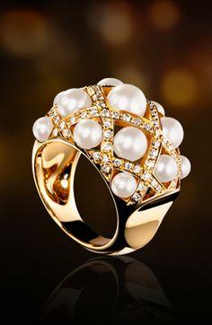 Chanel 18k, pearl & diamond ring