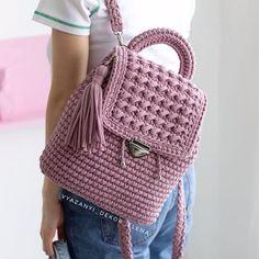 Black Handbags, Luxury Handbags, Leather Handbags, Crochet Baby Clothes, Crochet Hats, Mochila Crochet, Diy Wardrobe, Crochet Handbags, Everyday Bag