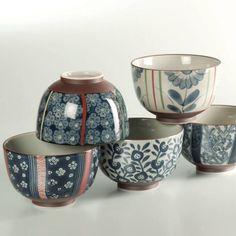 Japanese Arita porcelain donburi bowls