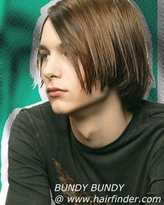 Hairstyles, haircuts, hair care and hairstyling. Hair cutting and coloring techniques to create today's popular hairstyles. Teen Boy Haircuts, Boys Long Hairstyles, Undercut Hairstyles, Popular Hairstyles, Haircuts For Men, Men's Hairstyle, Gerard Way, Boy Fashion 2018, Grunge Guys