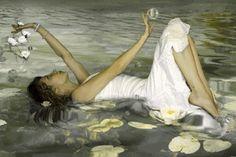 Gif's Galore And Pretty Pictures - Woman & Men Gifs - Comunidad - Google+