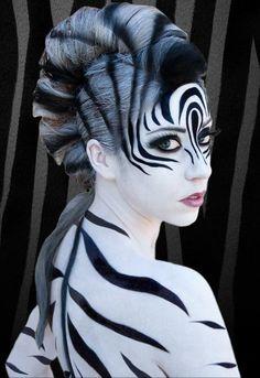 Beautifull Zebra body paint-dadadadadad circus dadadadadaddada circus alfo curicus pocdot pocodot alfo lol :)