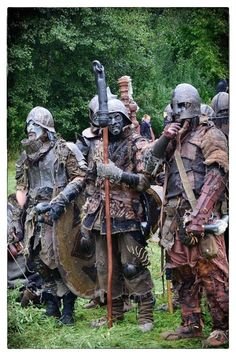 LARP costume; A place to rate and find ideas about LARP costumes. Anything that enhances the look of the character including clothing, armour, makeup and weapons if it encourages immersion for everyone.