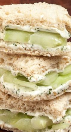 Healthy Snacks Lemon Cucumber Cream Cheese Sandwiches ~ When it's spring or summer we always crave for some light veggie snack that won't fill us with calories, but with wholesomeness. Cucumber Cream Cheese Sandwiches, Simply Yummy, Little Lunch, Good Food, Yummy Food, Tasty, Awesome Food, Healthy Snacks, Healthy Recipes
