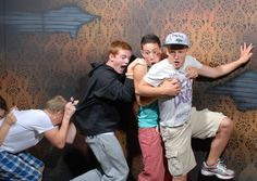 30 Pics of People in a Haunted House. lol so funny - and getting into the Halloween spirit!