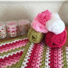 Pinks n green todaystyle craft dk white candy floss fondant pomegranate and pistachio xx #grannystripe #crochet #crochetblanket #stylecraft #crochetgrannystripe by soxnannie
