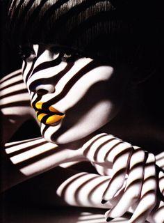 falling stripes of light