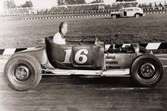 Vintage Racing, Vintage Cars, Antique Cars, Vintage Auto, Dirt Track Racing, Auto Racing, Traditional Hot Rod, T Bucket, Old Race Cars