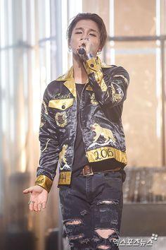Taeyang - Press photos of Big Bang's comeback stage on Mnet's M Countdown