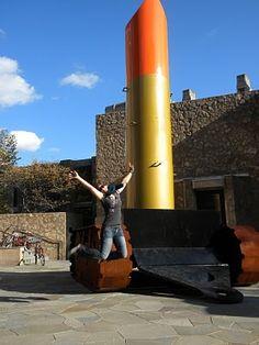 Jumping in Art Museums: Claes Oldenburg and Coosie Van Bruggen Jumping!
