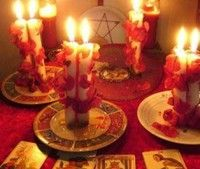 Hechizosyrituales7 Wicca, Gypsy Cafe, Season Of The Witch, Witch Aesthetic, Love Spells, Book Of Shadows, Problem And Solution, The Conjuring, Pillar Candles